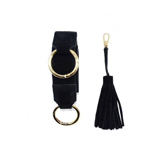 Sac à main femme velours noir ARTISTE, anses noir avec broderie rose, pièces métalliques dorées, vue mousqueton | Gloria Balensi