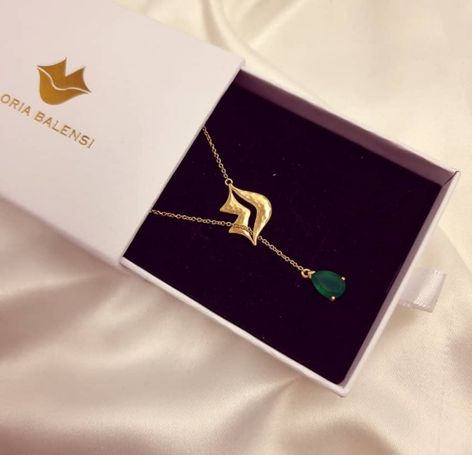 HÉRA chain necklace with green onyx, front view 2 | Gloria Balensi