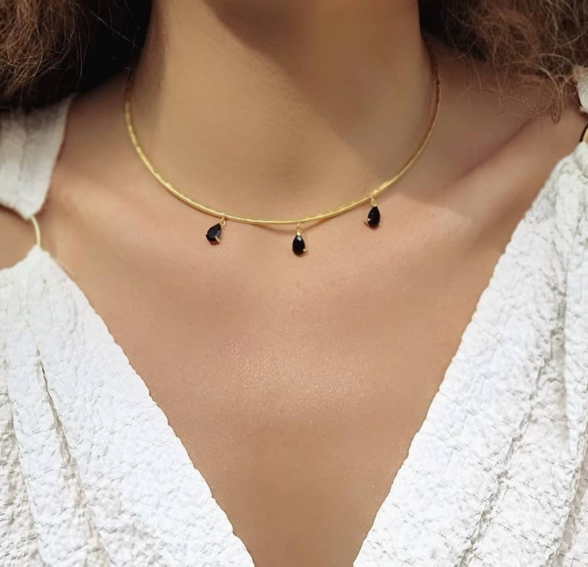 NAYA torque necklace with black onyx, front view 5 | Gloria Balensi