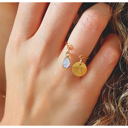 Gold-plated AVA ring with charms, moonstone and gold pendant , view 2 | Gloria Balensi