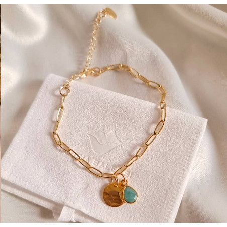 Gold-plated chain bracelet, pendant and amazonite, front view  | Gloria Balensi