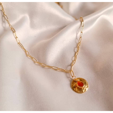 Gold-plated MAYA chain necklace, pendant and red Onyx, lifestyle view | Gloria Balensi