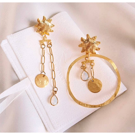 Gold-plated mismatched earrings, moonstone and pendant, view 1 | Gloria Balensi