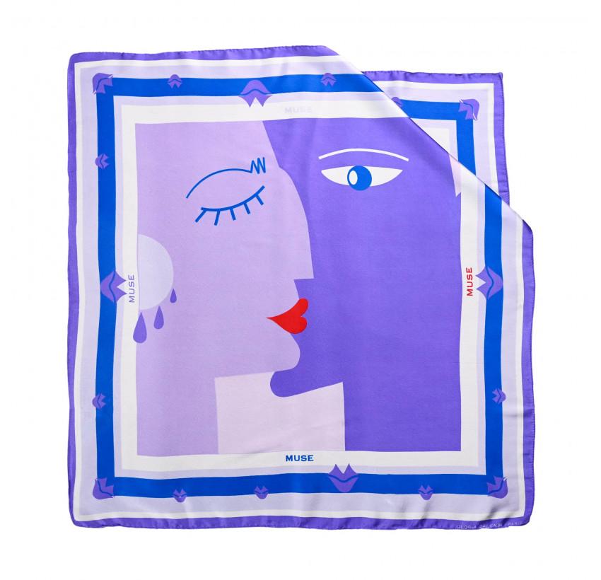 "Carré de soie ""BISOU"" violet, vue n°1| Gloria Balensi"