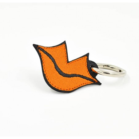 Orange embroidered keychain on leather GLORIA BALENSI, handmade in France seen from the front.