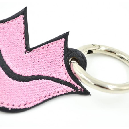 Pink embroidered keychain on leather GLORIA BALENSI, handmade in France zoom view in front
