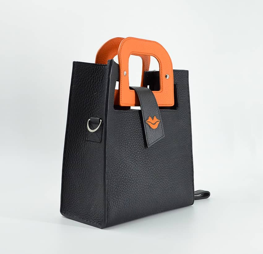 Sac à main femme  Artiste Orange GLORIA BALENSI en cuir de Taurillon, vue profil.