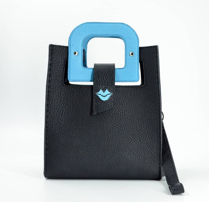 Sky blue artist's handbag GLORIA BALENSI in Taurillon leather, front view.