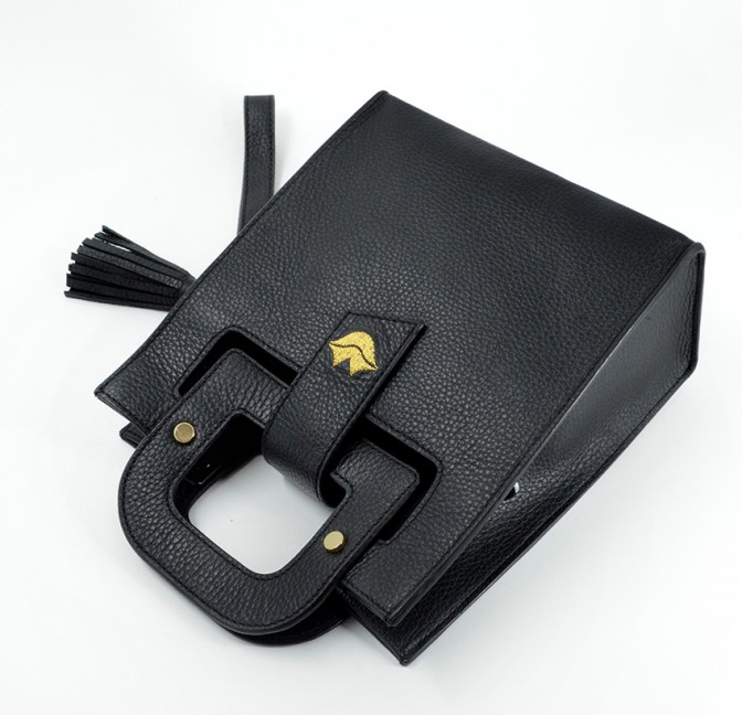 Black leather bag ARTISTE, gold mouth embroidery, view 4   Gloria Balensi