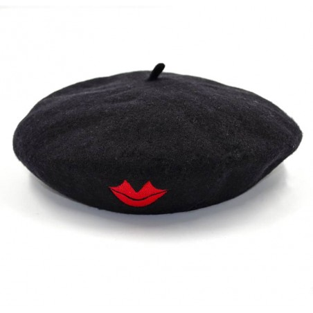 Black wool beret with red mouth embroidery, overall view | Gloria Balensi