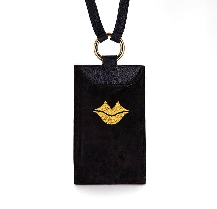 Pochette téléphone noir cuir daim, broderie bouche or TÉLI, vue 2 | Gloria Balensi