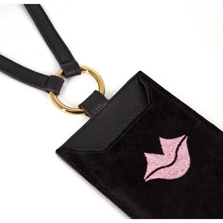 Pochette téléphone noir cuir daim, broderie bouche rose TÉLI, vue 4 | Gloria Balensi