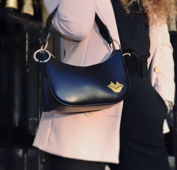 MIA black and gold baguette bag in cowhide leather, look 2 view | Gloria Balensi