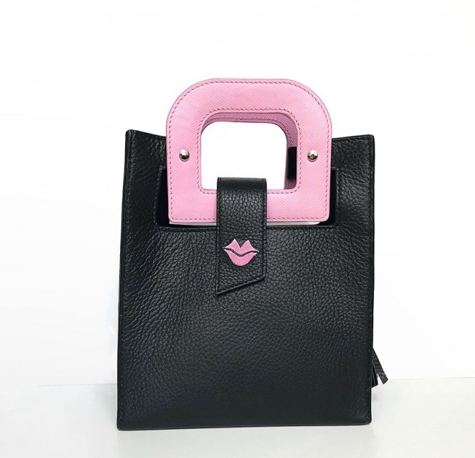 Pink artist's handbag GLORIA BALENSI in Taurillon leather, front view.