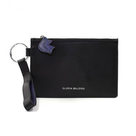 Pochette zippée en cuir noir ISADORA, bouche bleu marine, vue devant | Gloria Balensi