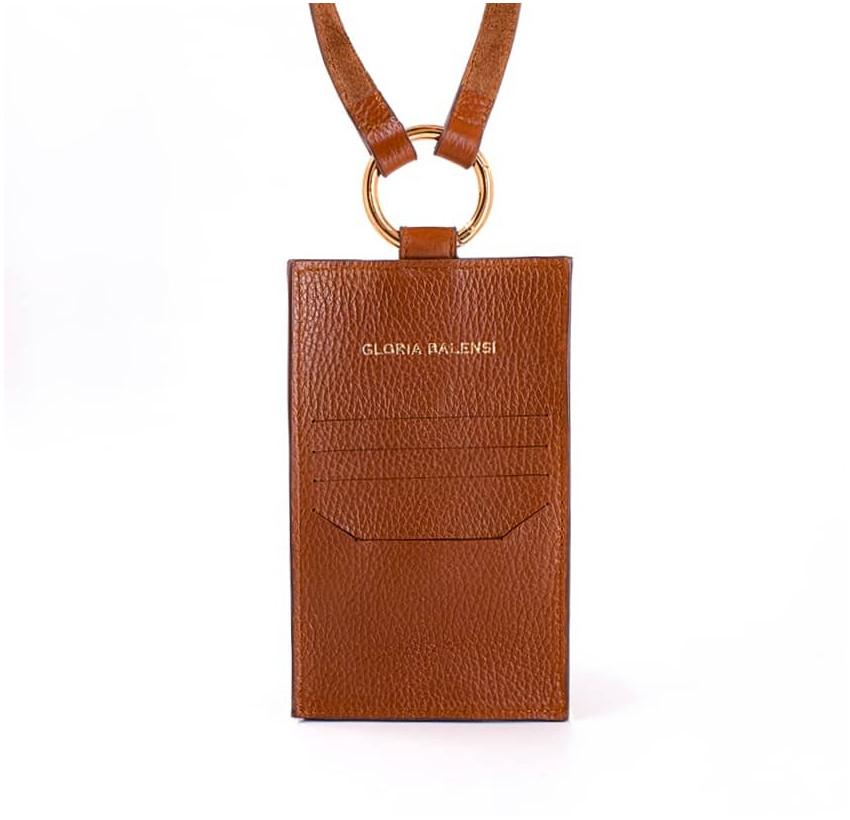 Camel TÉLI phone pouch, back view | Gloria Balensi