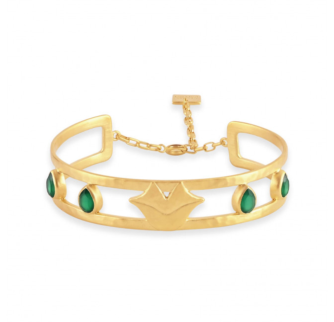 OLYMPE hammered bangle with chain clasp and green Onyx, front view | Gloria Balensi